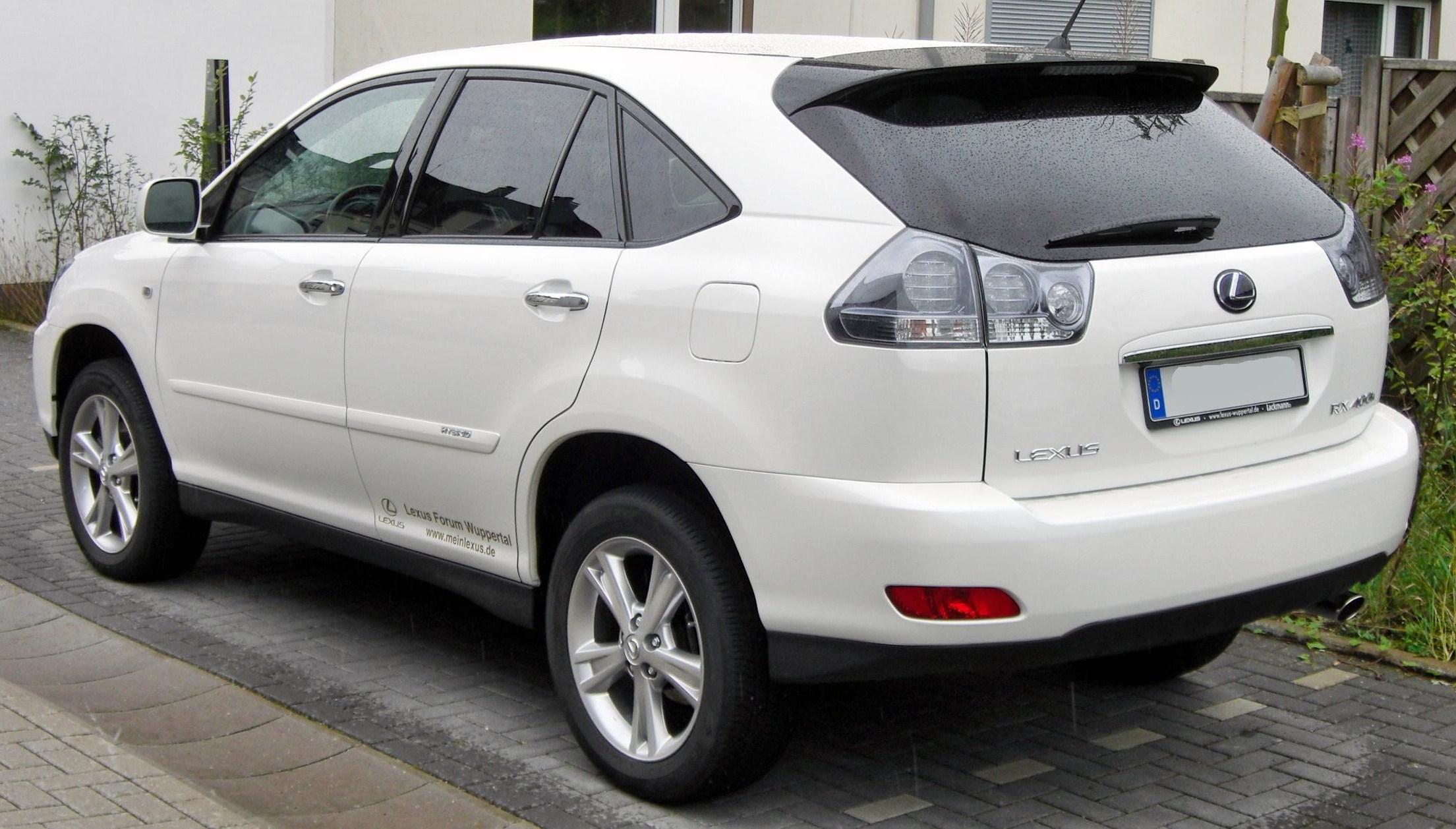 Lexus_RX_400h_rear